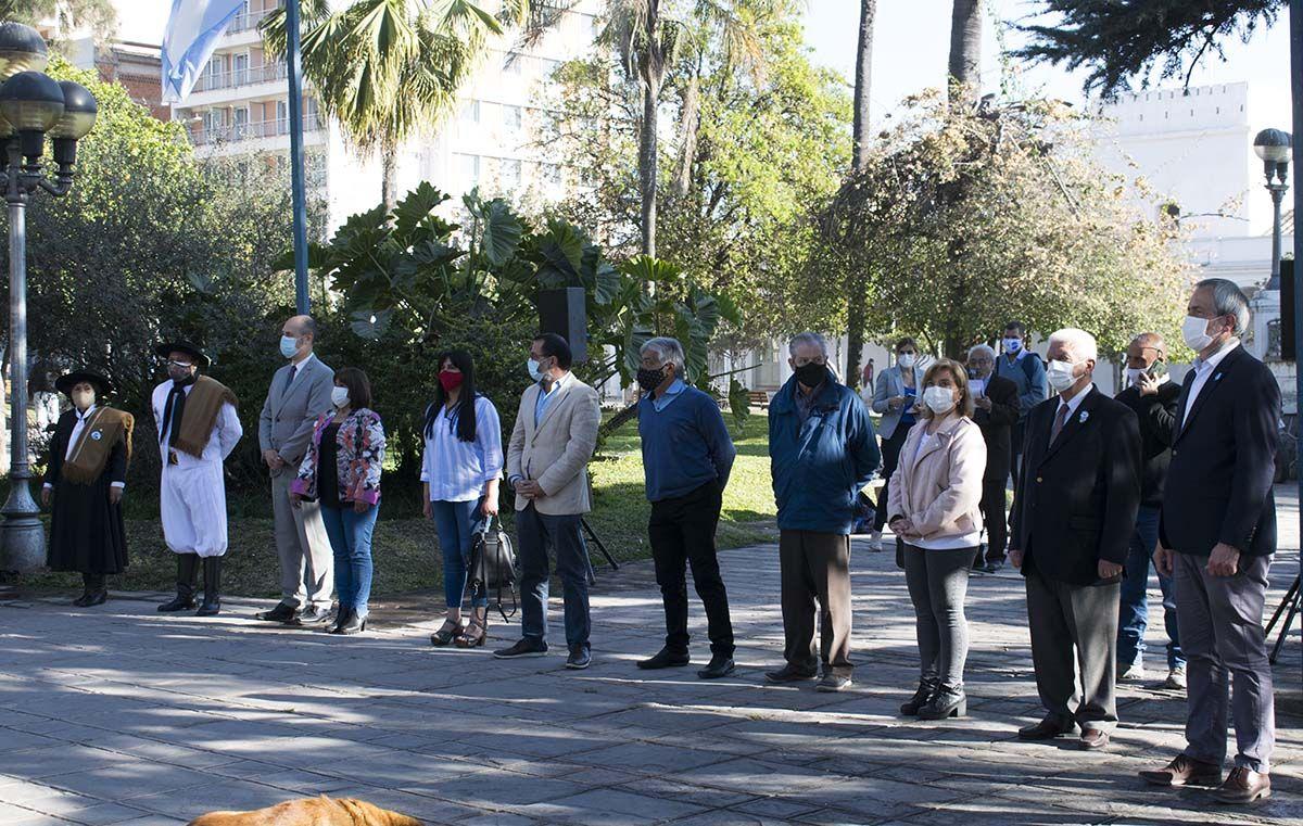 Izamiento de Banderas en el marco de la Semana de Jujuy